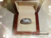 Exkluzív brill köves arany gyűrű
