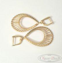 Arany fülbevaló csepp alakú