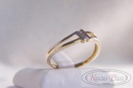 Arany köves gyűrű 54-es méret