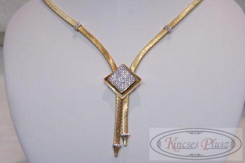 Arany nyakék exkluzív köves fazon