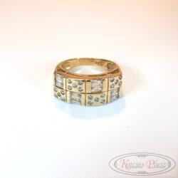 Arany gyűrű sokköves 55és feles méret