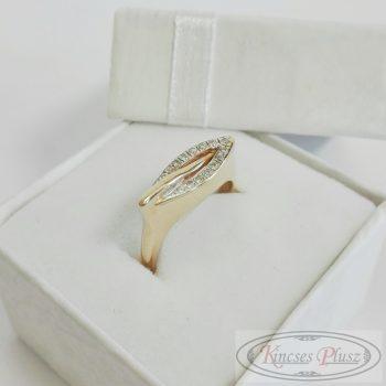 Arany sokköves gyűrű modern fazon 55-ös
