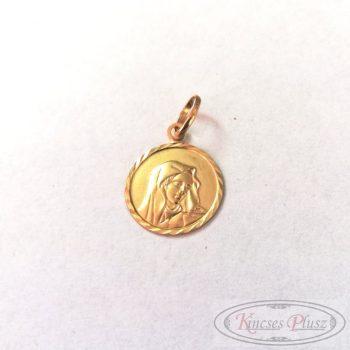 Arany medál Mária