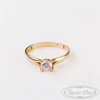 Arany gyűrű soliter 52