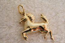 ló medál arany