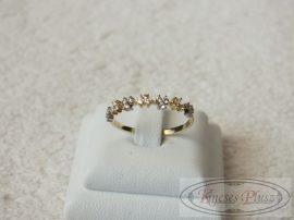 Arany gyűrű köves 56-os méret