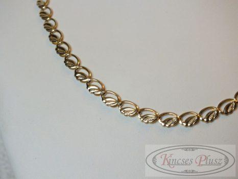Arany nyaklánc 50 cm hosszú elegáns kivitelben