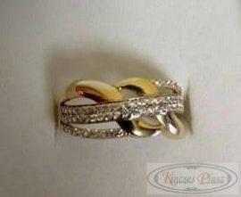 Sokköves sárga arany gyűrű 51-es méret