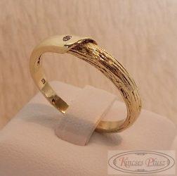 14 K  arany gyűrű filigrán egyköves, 60-as méret