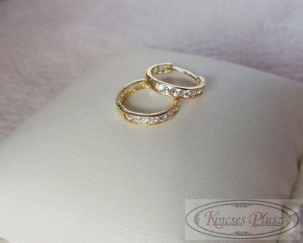 Arany karika fülbevaló fehér kövekkel