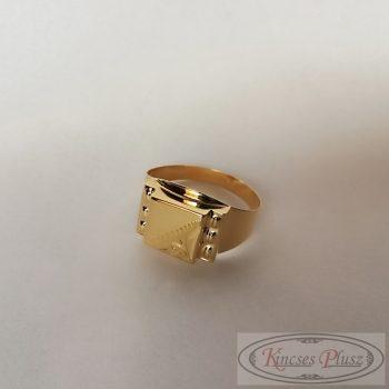 Arany pecsétgyűrű 67-es méret