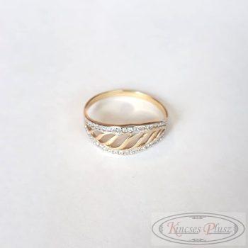 Arany gyűrű 67'
