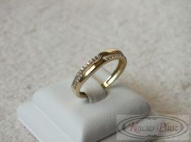 Arany gyűrű köves 54-es méret