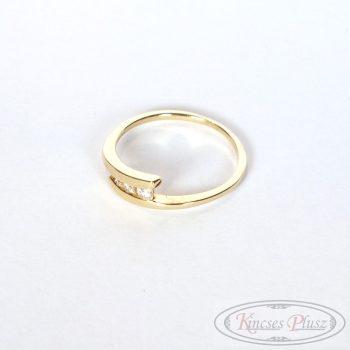 Köves arany gyűrű 53-as méret