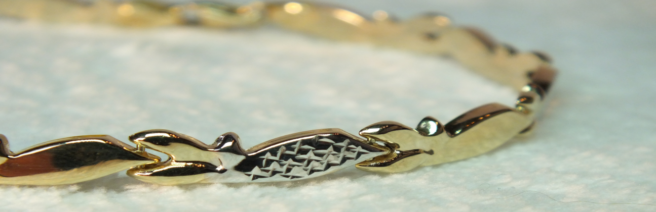 Arany karkötők